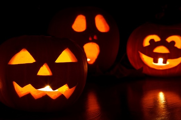 3 Spooky Halloween Jack-o-Lantern Pumpkin Decorations